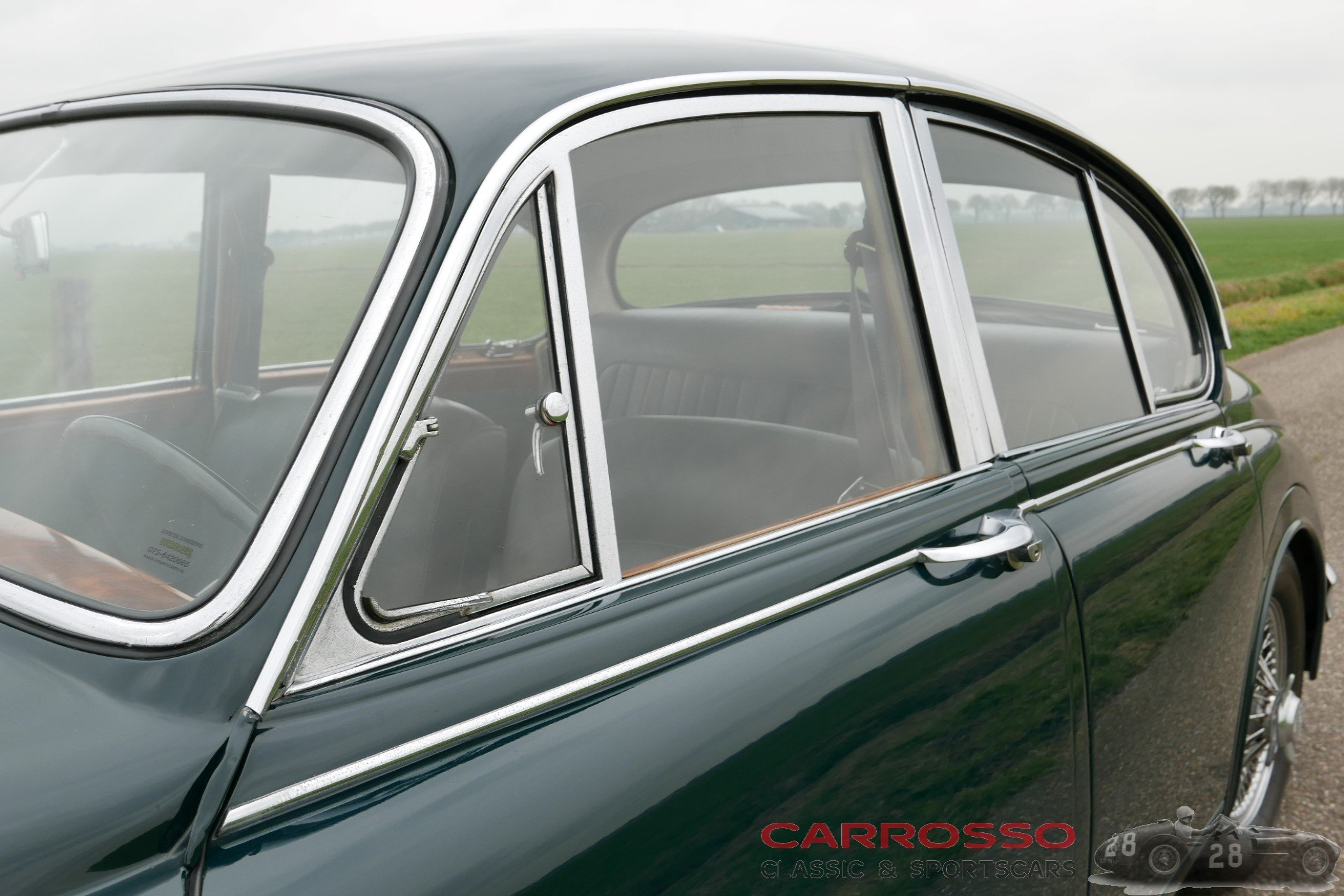 17Jaguar Mark 2 2.4 (58)