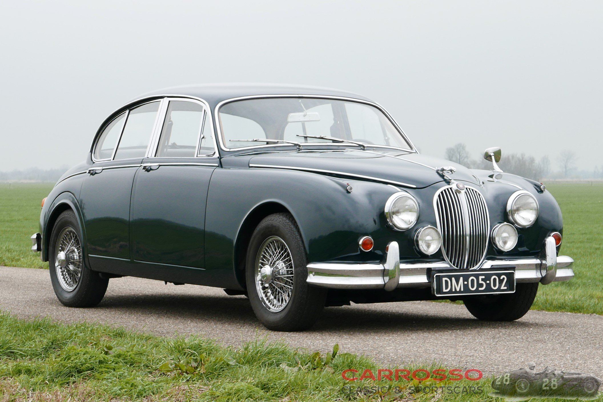 2Jaguar Mark 2 2.4 (9)