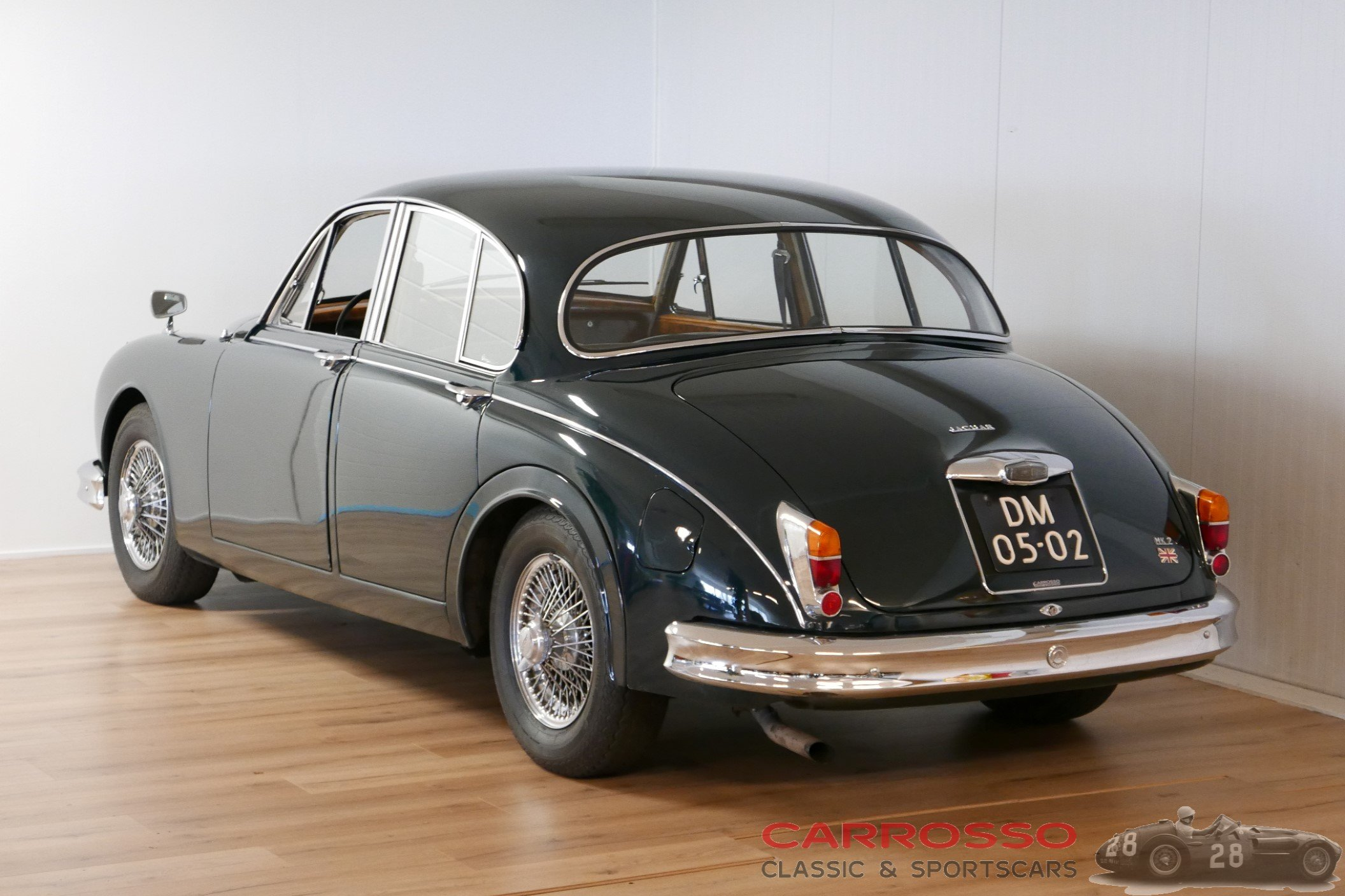 34Jaguar Mark 2 2.4 (76)