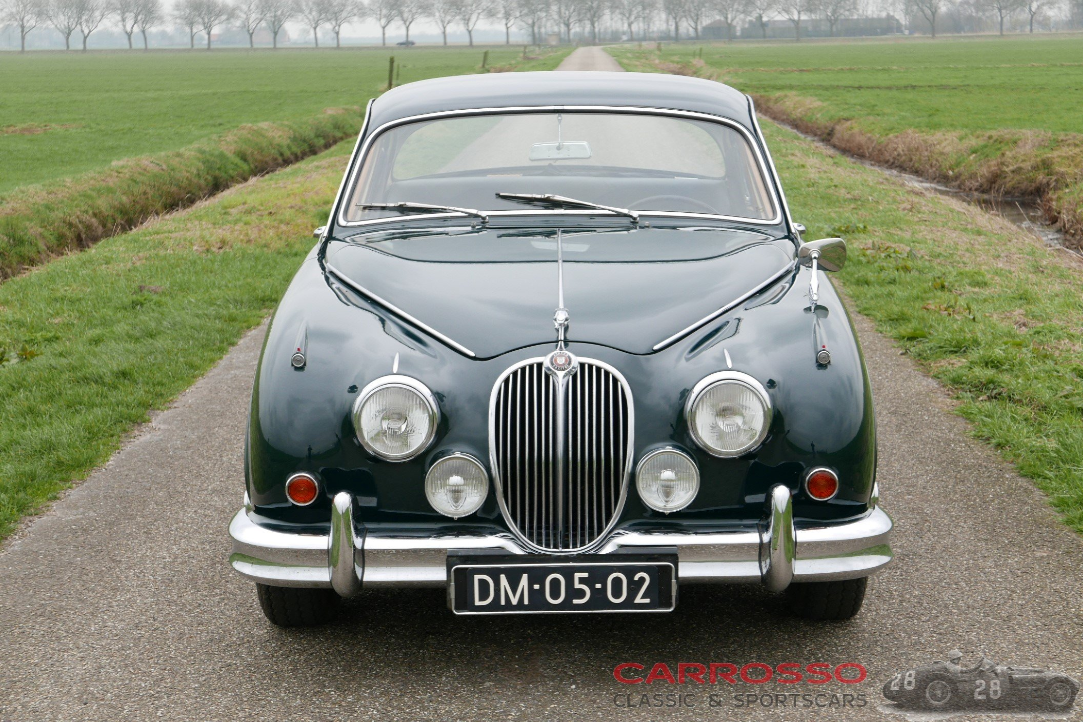 7Jaguar Mark 2 2.4 (44)