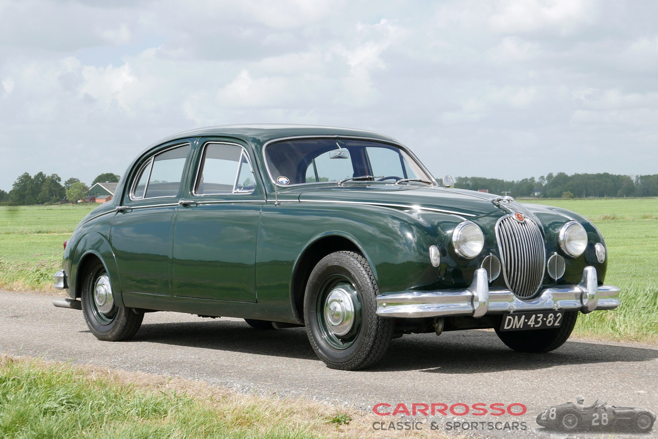 14Jaguar Mark 1 (6)