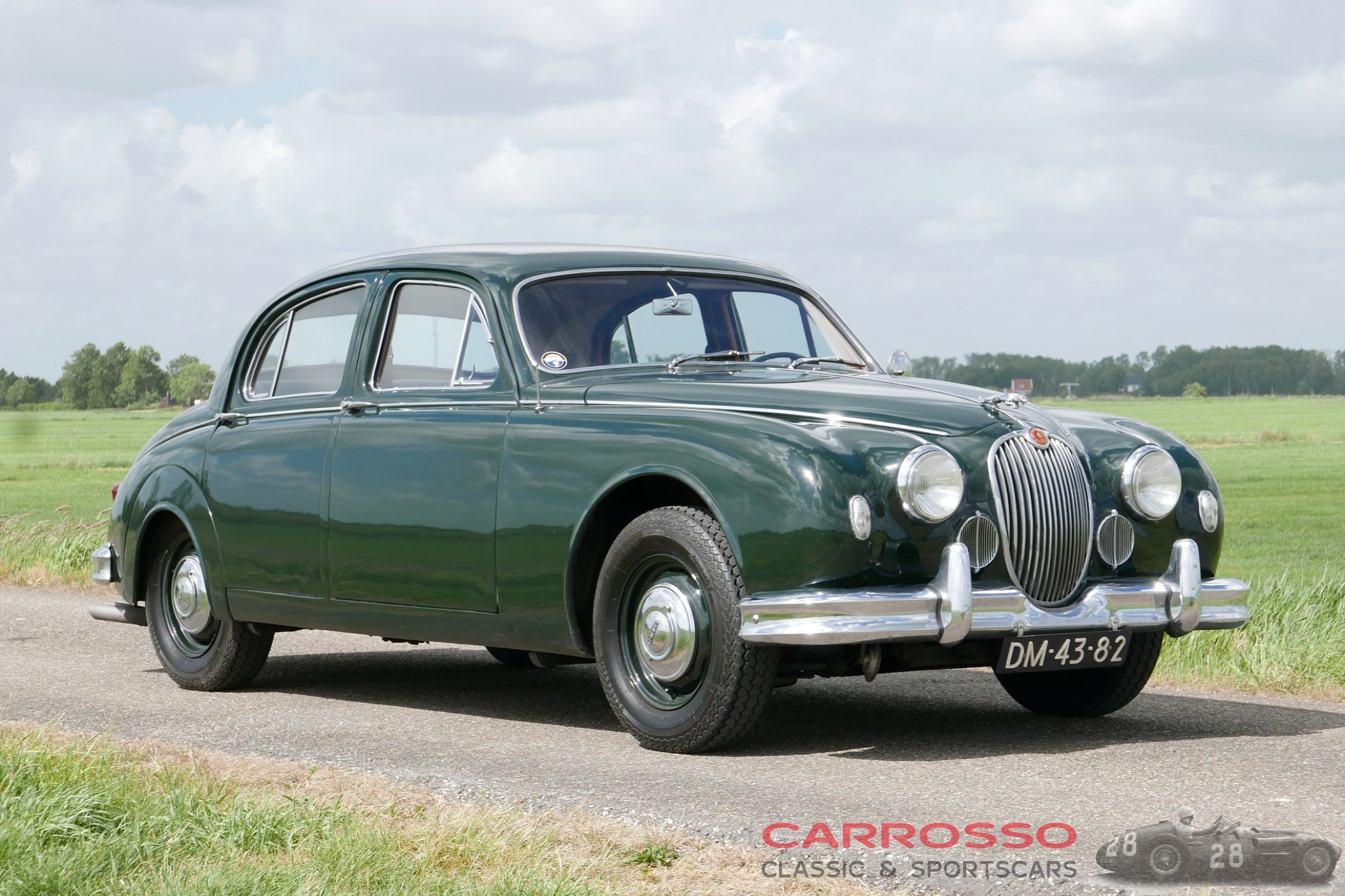 30Jaguar Mark 1 (4)