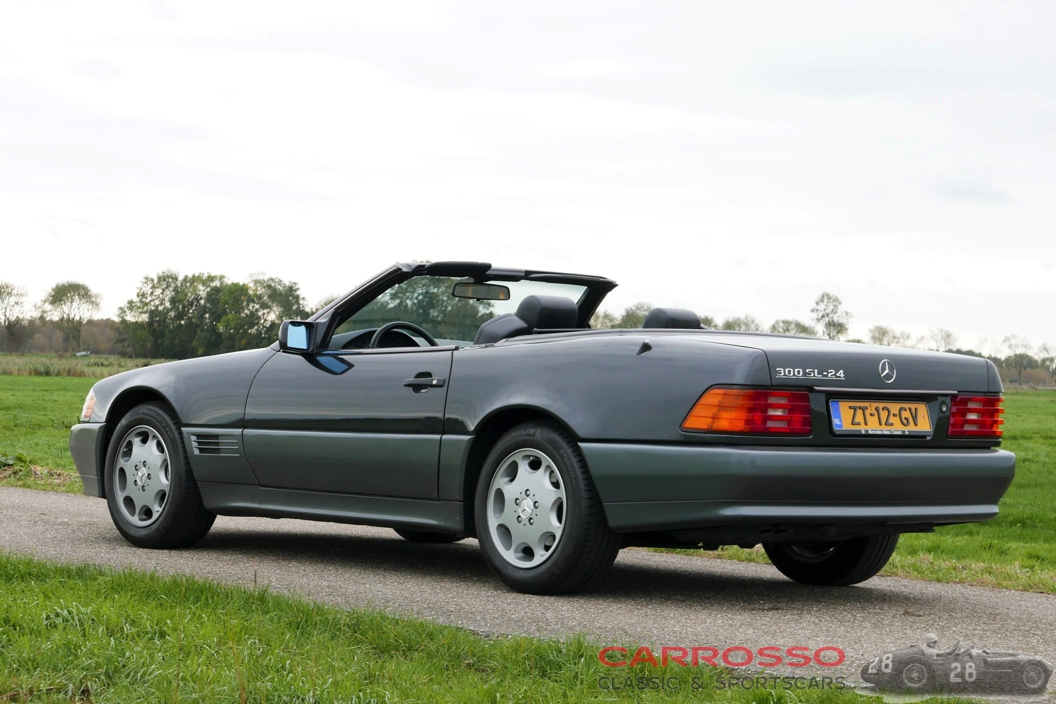12Mercedes Benz SL 300 (43)