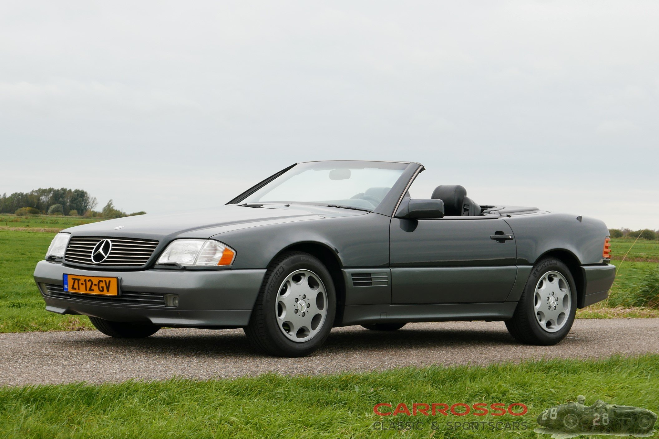 15Mercedes Benz SL 300 (40)